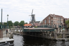 Haarlem-1005-Catharijnebrug-draait-dicht