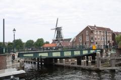 Haarlem-1013-Catharijnebrug-draait-dicht