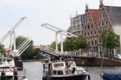Haarlem-642-Gravestenebrug-over-Het-Spaarne-gaat-dicht