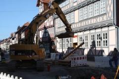 Harz-Wernigerode-010-Opgebroken-straat-met-shovel
