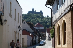Harz-Wernigerode-013-Grosse-Schenkstrasse-met-zicht-op-Burg-Wernigerode