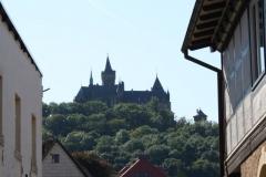 Harz-Wernigerode-014-Grosse-Schenkstrasse-met-zicht-op-Burg-Wernigerode