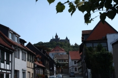 Harz-Wernigerode-109-Grosse-Schenkstrasse-Vergezicht-met-Burg-Wernigerode