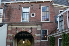 Groningen-345-Turfstraat-met-Gardepoort-Martinikerkhof
