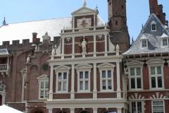 Haarlem-131-Bruidsauto-voor-VVV-kantoor-aan-Grote-Markt