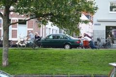 Haarlem-351-Even-de-wagen-aanduwen-op-de-Gasthuisvest