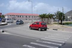 St.-Maarten-1258-Rode-auto