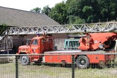 Trintelen-Eys-068-Oude-brandweerauto-op-boerenerf
