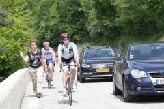 Alpe-dHuez-040-Trainende-fietsers-en-lopers