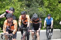 Alpe-dHuez-052-Trainende-fietsers
