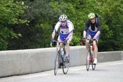 Alpe-dHuez-071-Trainende-fietsers