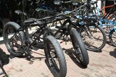 Haarlem-070-Mountainbikes-met-zeer-dikke-banden