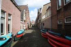 Alkmaar-076-Nieuwstraat-met-kajaks