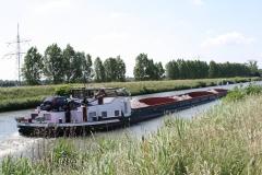 Geulle-060-Vrachtboot-met-zand