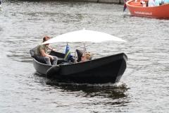 Haarlem-637-Bootje-met-parasol