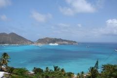St.-Maarten-0435-Gezicht-op-de-haven-met-cruiseschip
