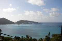 St.-Maarten-0443-De-haven-met-cruiseschepen