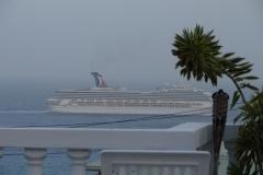 St.-Maarten-1192-Vertrekkend-cruiseschip
