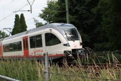 Houthem-St-Gerlach-191-Voorbijzoevende-trein
