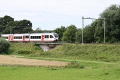 Ransdaal-095-Vergezicht-met-passerende-trein