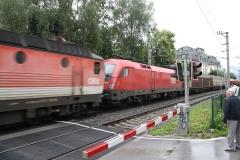 Zell-am-See-067-Spoorbaan-met-goederentrein