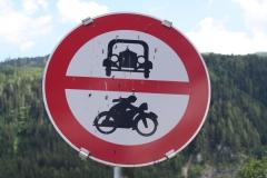 Mühlbach-004-Verkeersbord-verboden-voor-motorvoertuigen