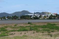 St.-Maarten-0749-Landend-vliegtuig