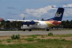 St.-Maarten-0751-Taxiënd-vliegtuig