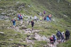 Bramberg-075-Wildkogel-Wandelaars-op-pad-naar-de-top